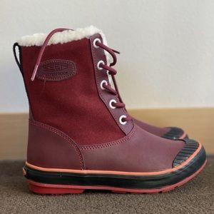 BNIB! Keen Snow Boots 🐙